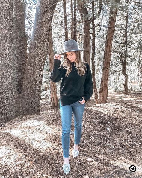 "99df4f054d Ashley Berleen Gruendl on Instagram  ""Last weekend was such a tease! I was  all about sweaters and cozies last weekend I m the mountains...but today  it s ..."