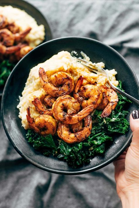Spicy Shrimp and Cauliflower Mash with Garlic Kale! Nutritious and cozy comfort food! #glutenfree #healthy #dinnerrecipe #easyrecipe #simplerecipe