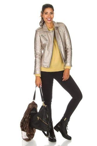Een leren jasje voor elk stijltype. Outfits, Kleding en Jasjes