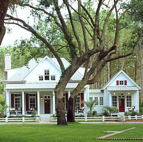 Country Cottage Building Plans Built For Fun And Relaxation Cottage House Plans Southern House Plans Southern Living House Plans