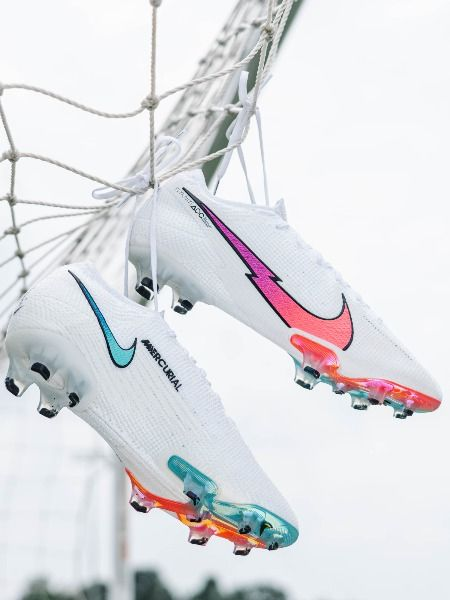 Nike Flash Crimson Pack Mercurial Vapor 13 Elite Fg Soccer Cleat White Flash Crimson Platinum In 2020 Soccer Cleats Nike Girls Soccer Cleats Soccer Cleats