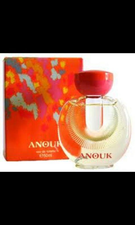 36 Ideas De Perfumes Y Accesorios De Antaño Recuerdos De La Infancia Perfume Anuncios Antiguos