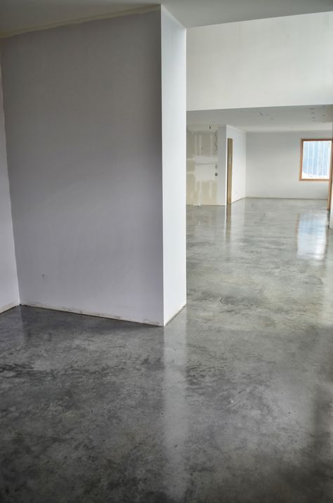 Concrete Floors Offer A Rather Lovely Solution For All You Environmentally Conscious Style Savvy Treehugger Types Most People Fall In Lo