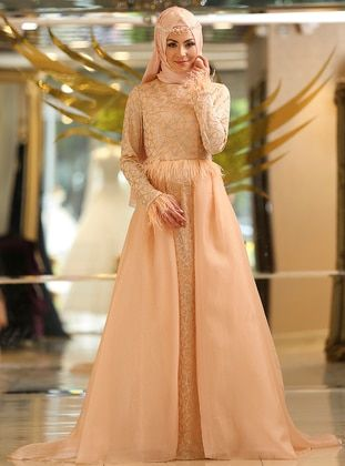 Occasion Evening Wear Modanisa Evening Wear Hijab Fashion How To Wear