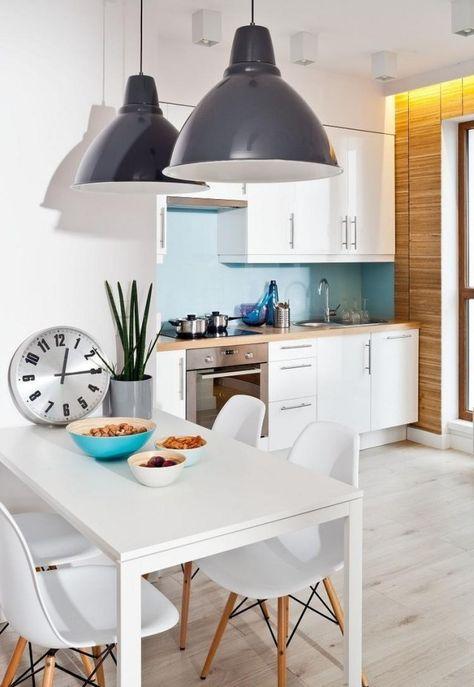 wandfarbe blau weiße küche ideen holz arbeitsplatte Küche