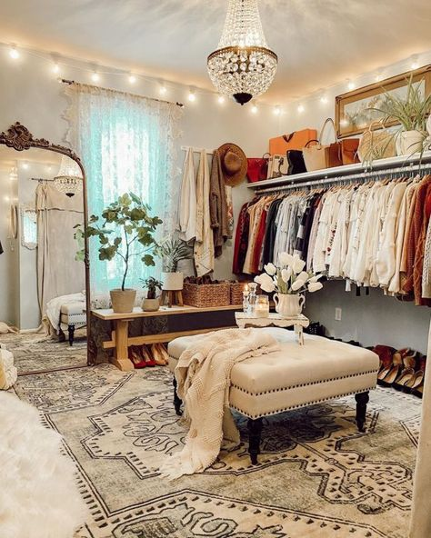 Small Dressing Rooms, Dressing Room Decor, Dressing Room Closet, Dressing Room Design, Spare Room Dressing Room Ideas, Spare Room Walk In Closet, Spare Bedroom Closets, Dream Closets, Closet Into Office