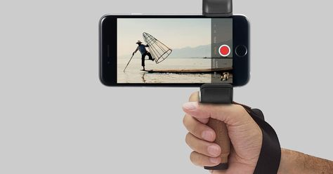 Shoulderpod Creates Custom Grips For Smartphone Photography | Digital Trends