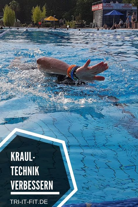 Eine gute Technik ist das A und O, um kraftsparend und schnell zu kraulen. Hier findest du die besten Übungen für Wasserlage und Armzug! #tri #triathlon #swimbikerun #triathlontraining #swim #training #workout #trainhard #lovethepain #motivation #fitness #triitfit #überwindedeinlimit #fitnessblog