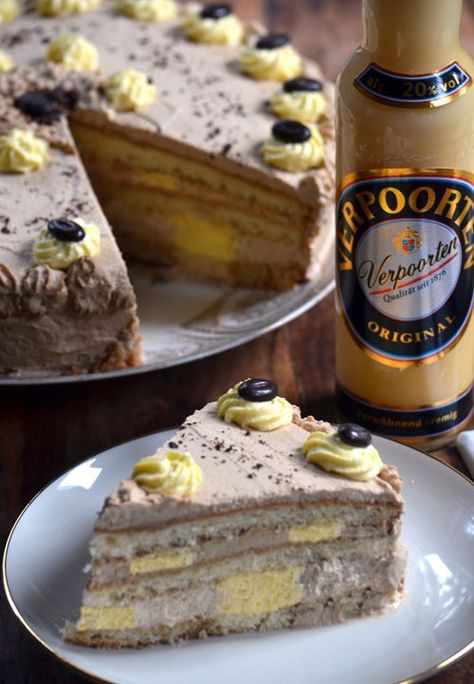 Photo of Eierlikör-Kaffee-Sahnetorte mit Verpoorten Original – Kuchenrezepte mit Eierlikör