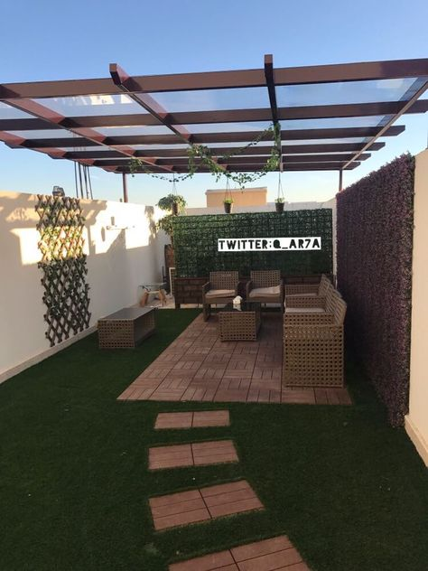 Pin By Wafa On حدايق Rooftop Design Small Backyard Landscaping Roof Garden Design
