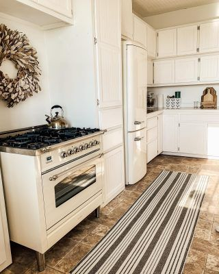 Caulking Trim For A Seamless Look Midcounty Journal Bedroom Renovation Bathroom Cabinets Designs Cabin Kitchens