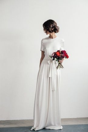 Formal Short Hair Short Sleeve Wedding Dress Plain Wedding