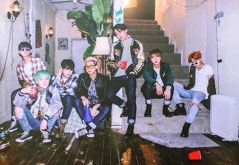 BTS suga jhope jimin jungkook rapmonster v jin Kim Yuna, Jung So Min, Steve Aoki, High Five, Foto Bts, Yoonmin, Seokjin, K Pop, Got7