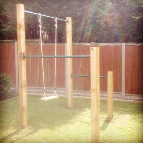 Diy pull up bar installed in Coventry – XORBARS - DIY Garten Landschaftsbau Outdoor Pull Up Bar, Diy Pull Up Bar, Outdoor Gym, Outdoor Ideas, Pull Bar, Outdoor Bars, Outdoor Workouts, Backyard Jungle Gym, Backyard Playset