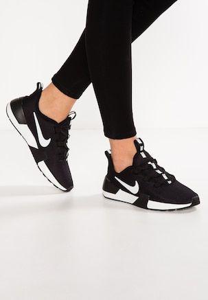Nike Ashin Trainers In White | Nike