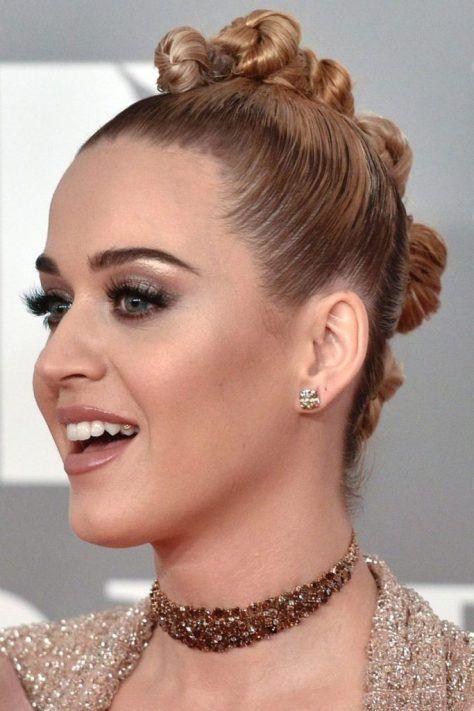 18 Katy Perry Frisuren Inspiration Dieses Jahr Zu Kopieren Uberprufen Sie Mehr Unter Https Madamefrisuren Com 18 Kat Frisuren Katy Perry Frisur Inspirationen