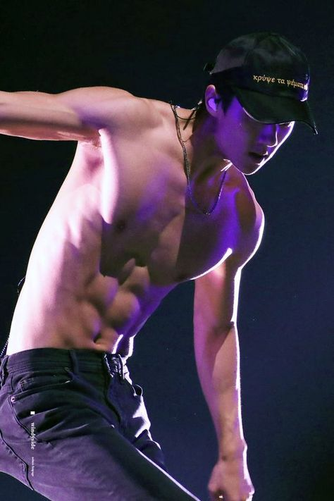 js incase anyone forgets how sehun's abs looks like hehehe ♡ weareoneexo ohsehun byunbaekhyun parkchanyeol kimjongin kimjongdae dokyungsoo kimjunmyeon kimminseok zhangyixing likeforlikes exo ohsehun baekhyun chen xiumin lay suho do chanyeol jongin Sehun Hot, Chanyeol Baekhyun, Jimin Hot, Kpop Exo, Korean Men, Asian Men, K Pop, Kim Minseok, Kpop Guys