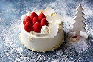 マンダリン オリエンタル 東京のクリスマスケーキ 千疋屋総本店コラボや 雲 型ケーキ クリスマスケーキ ケーキ すごいケーキ
