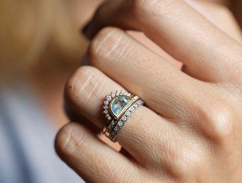 Diamond Wedding Ring Set 0 4 carat diamond with V Diamond Wedding