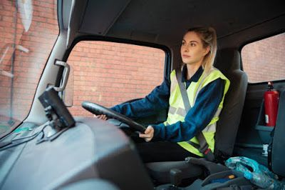 Are You Good In Driving Can You Work In United Kingdom If Yes See Below For Full Details And Apply Love Lif Driver Job Delivery Driver Jobs Discount Card