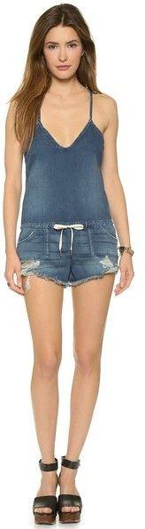 Темно-синий джинсовый комбинезон с шортами от Joe's Jeans. Магазин: shopbop.com. Подробнее: https://lookastic.com/women/shop_items/235686/redirect