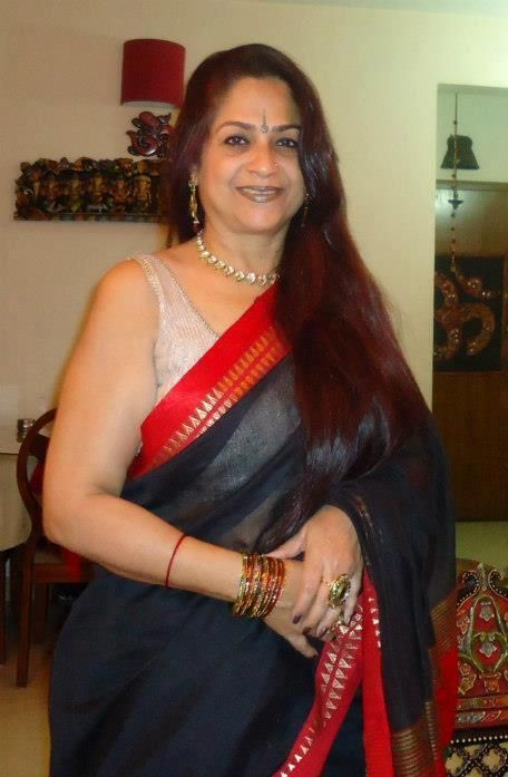 Desi indian aunty mature milfs