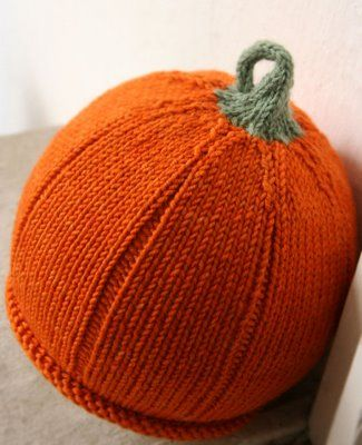 a7b360ba9f57 Round-Up of Knitted Pumpkin Hats