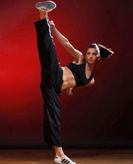 Pin By James Colwell On Martial Arts Practice And Exercise Martial Arts Women Female Martial Artists Martial Arts Workout