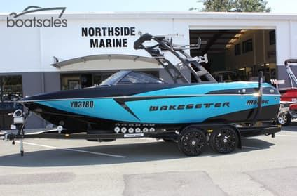 Find a Used 2016 Malibu Wakesetter 22 VLX Boat For Sale in