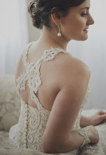 Cross back lace wedding dress (made by Elamri Jacobs)