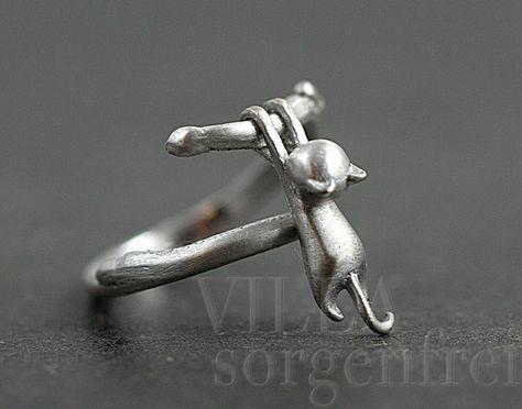 Silberring aus 925er Silber für Katzenfans, hübsches Accessoire / Silver ring for cat lovers, pretty accessory by VillaSorgenfrei via DaWanda.com