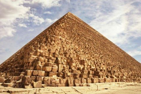 10 Facts About The Pyramids That Could Prove Advanced