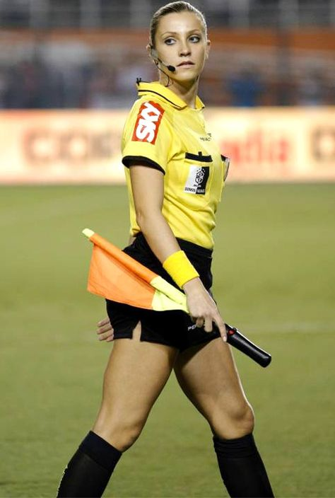 Fernanda Colombo Uliana - Brazilian Soccer Referee Wiki, Bio, Age, Husband, Family, Net Worth, Natio