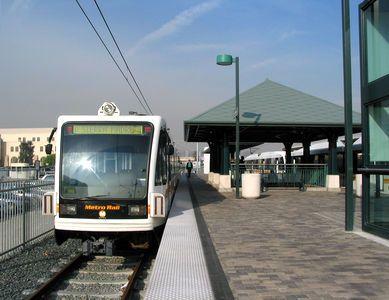 Metro Gold Line Train At Union Station Los Angeles Union Station Station Union