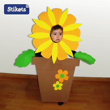 Disfraz Maceta Con Flor Casero Stikets Family Spring Crafts Preschool Flower Costume Kids Flower Costume