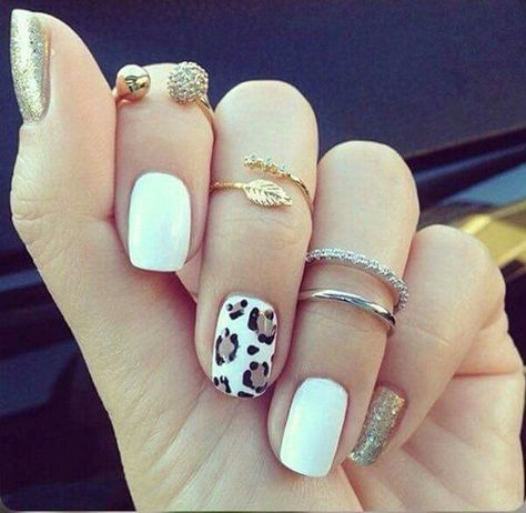 Want some ideas for wedding nail polish designs? This article is a collection of our favorite nail polish designs for your special day. Gorgeous Nails, Love Nails, Pretty Nails, My Nails, White Shellac Nails, Cheetah Nails, Cheetah Nail Designs, Leopard Nail Art, Acryl Nails