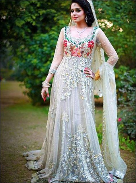 Marvel Party Wear Dresses For Women Most Trending In 2017 Girls are you looking stylish Pakistani party wear dresses for