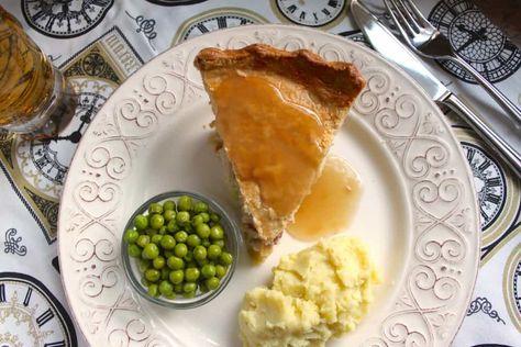 Chicken, Brie and Cranberry Pie