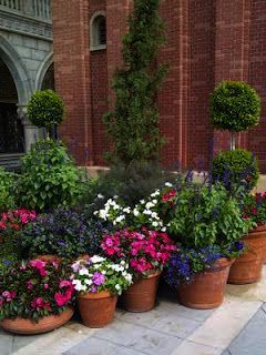 Making The Most Of Your Landscaping At Your Home With Images