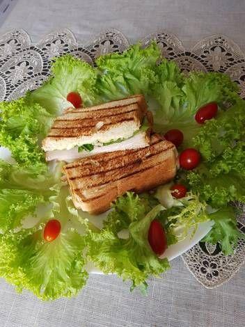كلوب ساندويتش الحبش بالصور من Luma F A Recipe Cooking Food Avocado Toast