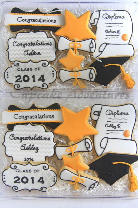 Graduation cookies - For all your cake decorating supplies, please visit craftcompany.co.uk