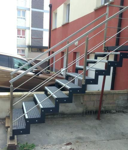 Escalier En Caillebotis Exterieur Zig Zag Acier Peint Occasion Marche Caille Home Decor Stairs Home