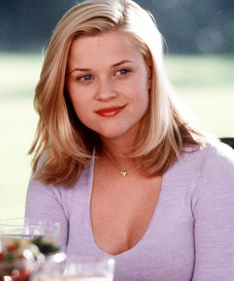 Reese Witherspoon Gets Edgy Platinum Bob Hairstyle – Reese Witherspoon Bob Hairstyles Reese Witherspoon Gets Edgy Bob Hairstyle in Platinum – Reese Witherspoon Bob Hairstyles
