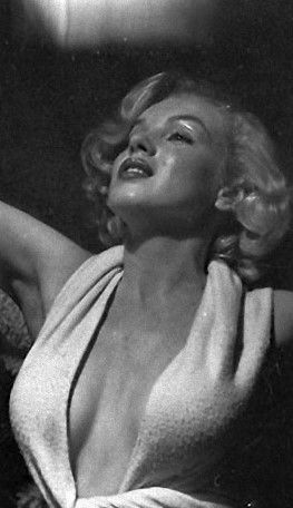 Marilyn Monroea Photographed By Anthony Beauchamp Cinema
