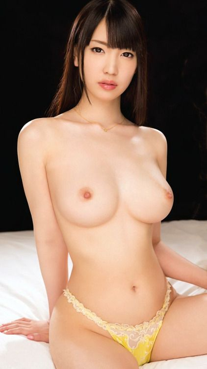 Horny Naked Asian Girls