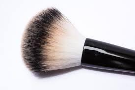 makeup brush, makeup brushes, makeup brush holder, makeup brush cleaner, makeup brush guide, makeup brush cleaner diy, kristen stewart, kristen stewart style, kristen stewart funny, kristen stewart hair, kristen stewart short hair