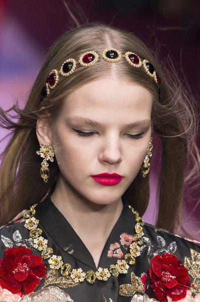 >>>Pandora Jewelry OFF! >>>Visit>> Dolce Gabbana at Milan Fashion Week Spring 2018 - Details .
