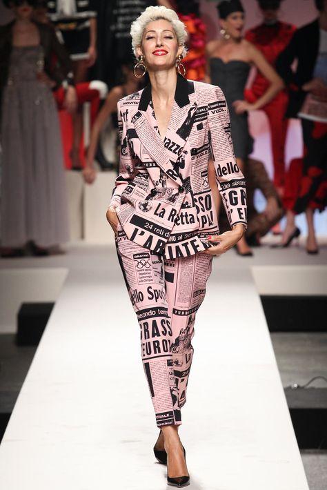 Moschino Spring 2014 MFW   Fashion in 2018   Мода, Недели моды, Весна 4ae94e3876e