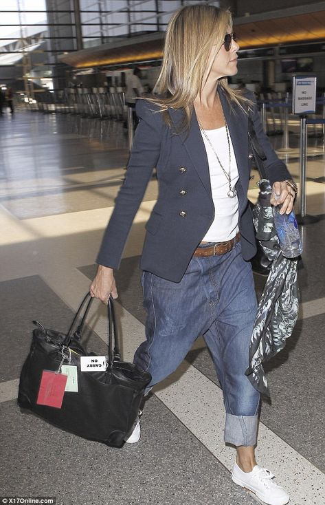 Taking style tips from MC Hammer? Jennifer Aniston, attempts to roll back th… Taking style tips from MC Hammer? Jennifer Aniston, attempts to roll back the years in a pair of unflattering baggy jeans –
