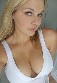 Cute girl cleavage